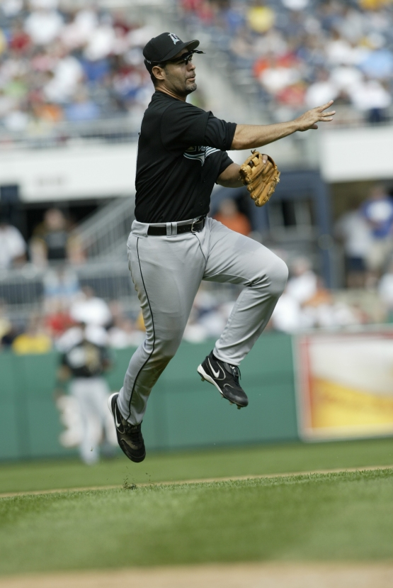 Florida Marlins v Pittsburgh Pirates